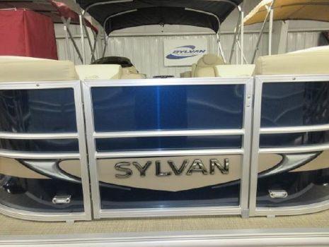 2016 Sylvan 8520 Mirage Cruise LZ RE