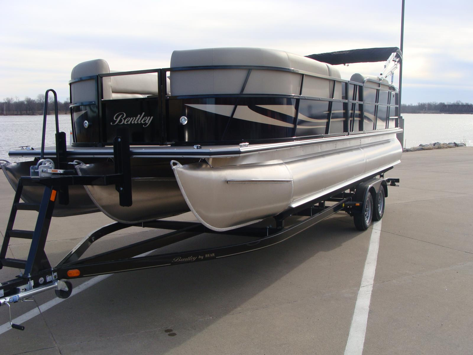 pontoonboats tige pontoon boats point northpointwatersports bentley shop watersports quality for pontoons north norman wake lake dealers
