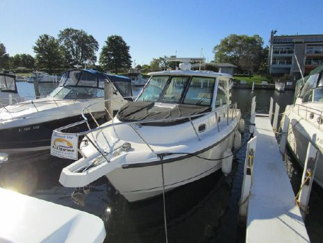 2015 Boston Whaler 345 Conquest