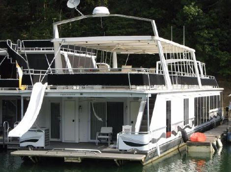 2002 Fantasy Houseboat 19 x 100WB Houseboat