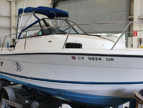 1998 Bayliner 2352 Trophy