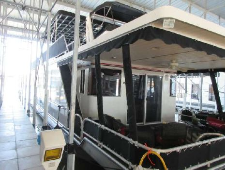 2008 Lakeview Yachts Houseboat Custom 16 x 63
