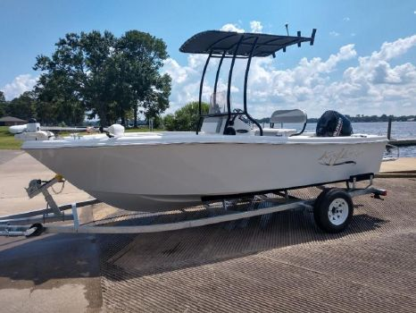 2019 Caravelle boat group 1800CC