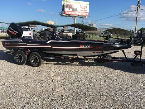 2018 BASS CAT BOATS Cougar FTD