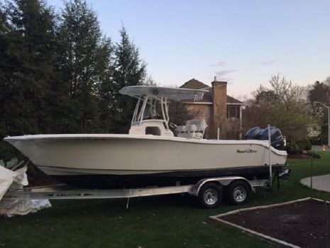 2014 Nautic Star 2500 XS