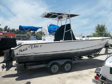 1999 Twin Vee 22 Center Console