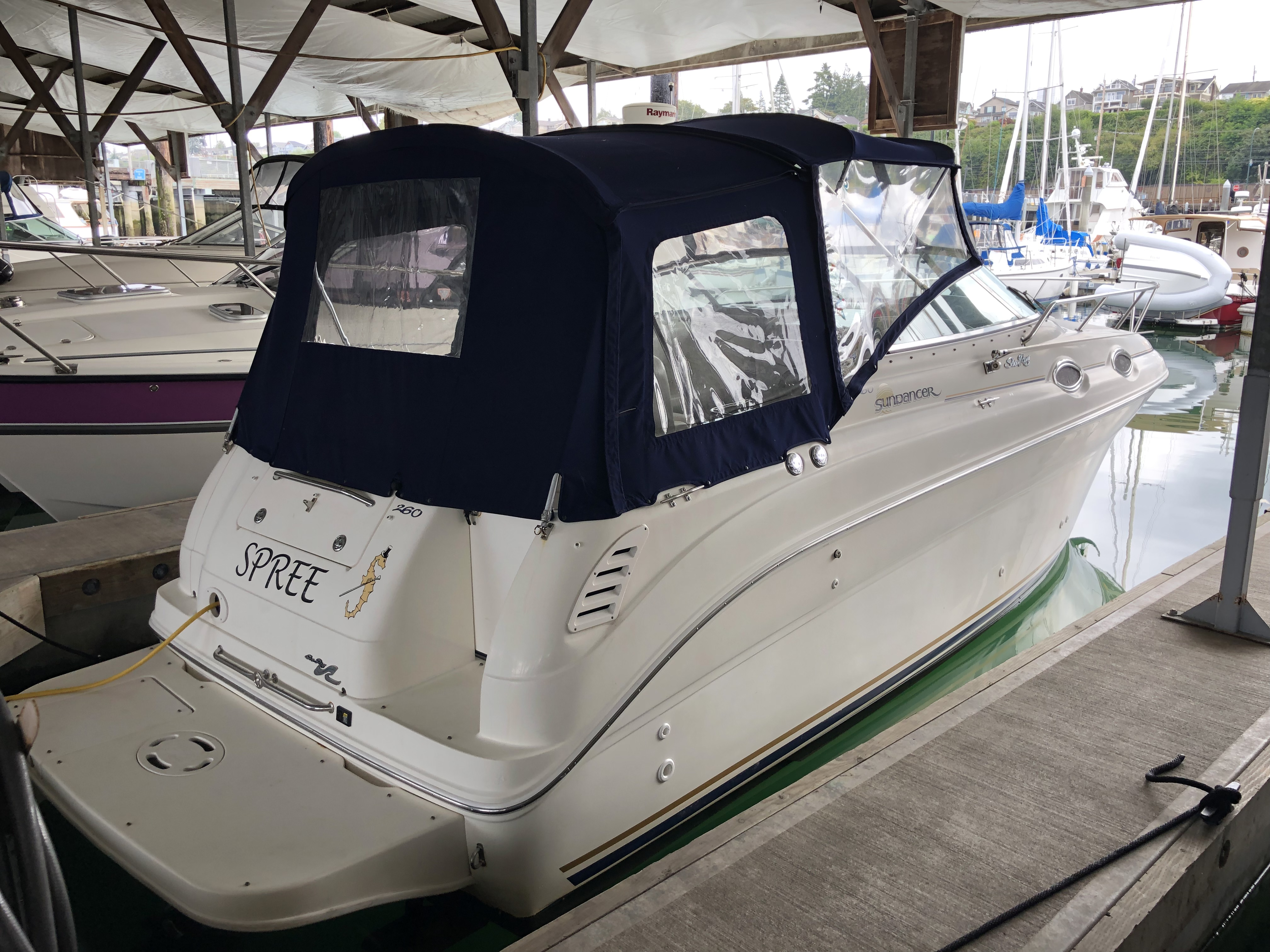 Check out this 2000 SEA RAY 260 Sundancer on Boattrader com