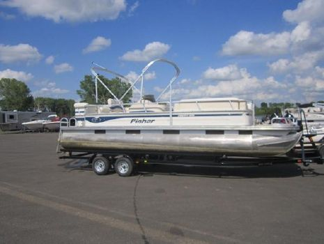 2007 Fisher 240 DLX CRUISER