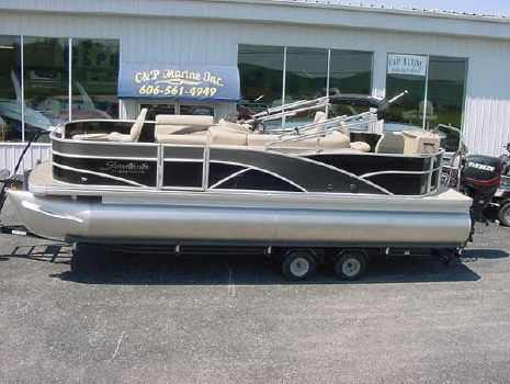 2015 Sweetwater Premium Edition 220 DF