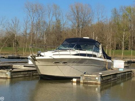 1985 Sea Ray 390 Express Cruiser 1985 Sea Ray 390 Express for sale in Aurora, IN