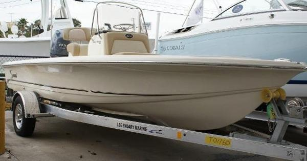 2015 Scout Boats 191 Bay 19 Foot 2015 Scout Motor Boat