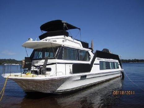 2001 Harbor Master 52 Wide Body