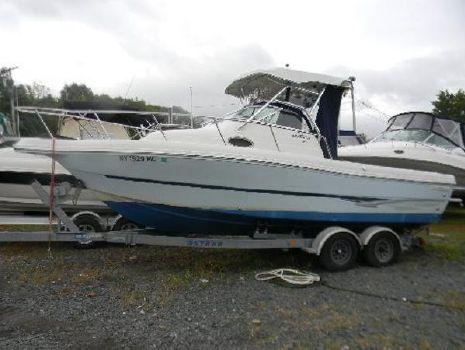 2006 Caravelle Boats 230 Seahawk