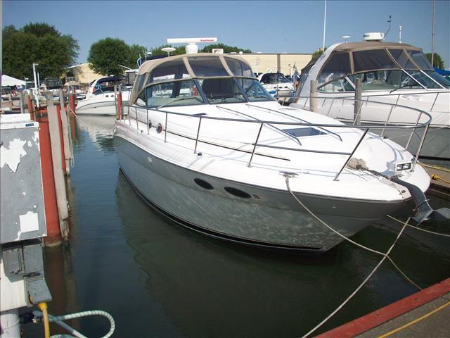 2001 Sea Ray Sport Cruisers 380DA