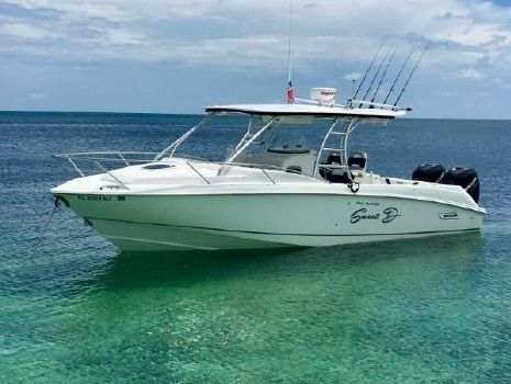 2006 Boston Whaler Outrage Cuddy Cabin