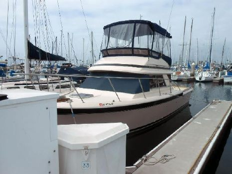 1985 Chris-Craft Commander