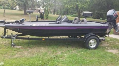 1999 Champion Boats 187 ELITE 1999 Champion 18 for sale in Osage, MN