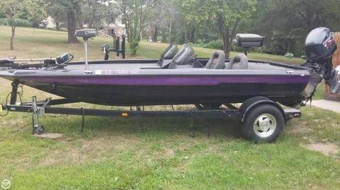 1999 Champion Boats 187 ELITE 1999 Champion 187 Elite for sale in Osage, MN