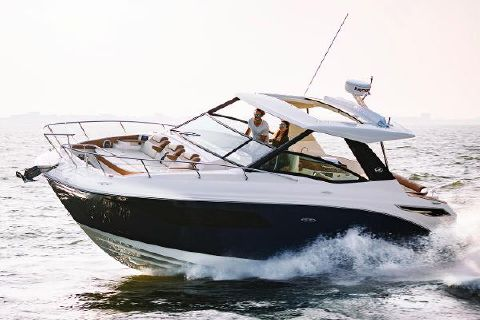 2019 Sea Ray 320 Sundancer Manufacturer Provided Image