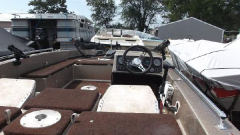 1982 Champion Boats