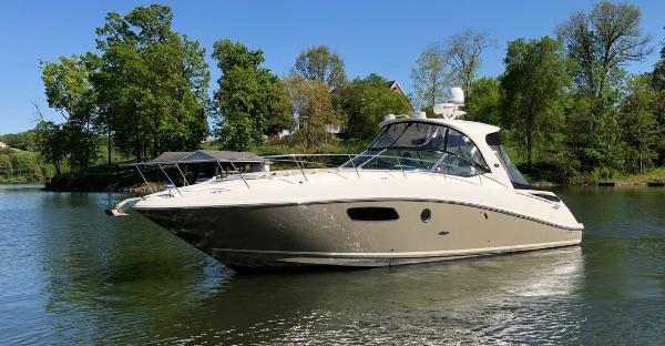 Used 2010 Sea Ray 370 Sundancer Knoxville Tn 37922 Boattrader Com