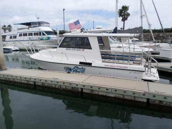 2008 Canaveral Custom Boats Delta 28 Dive Boat 28 Foot
