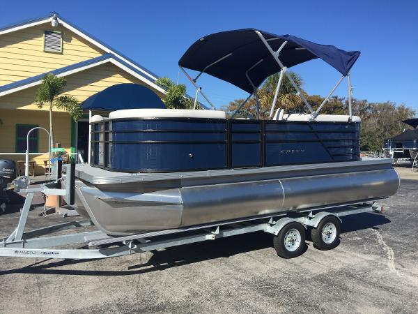 Check Out This 2020 Crest Pontoon Boats 200 Classic Lx On Boattrader Com