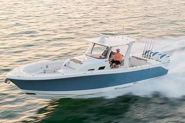2019 edgewater 370cc