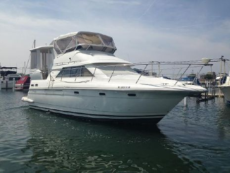 1999 Cruisers 3750 Motoryacht