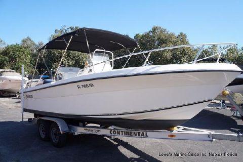 2002 Angler Boats 220f