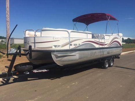 2004 Landau Boat Co Excalibur 2500 w/Mercury 150