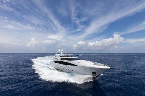 2013 Trinity Yachts Finish Line
