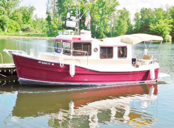 2008 Ranger Tug R25 25' Ranger Tug port profile