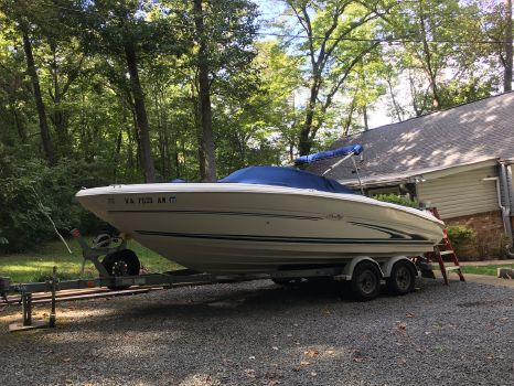 2000 Sea Ray 210 Signature