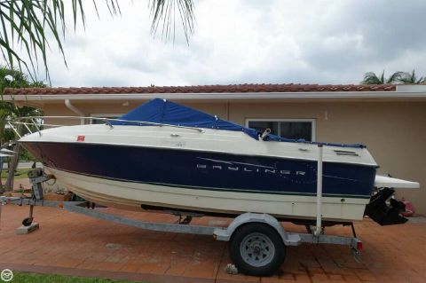 2009 Bayliner 192 Discovery Cuddy 2009 Bayliner Discovery 192 for sale in Hollywood, FL
