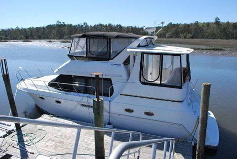 2002 Carver 406 Aft Cabin Motor Yacht