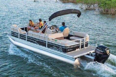 2017 Sun Tracker 22 Party Barge