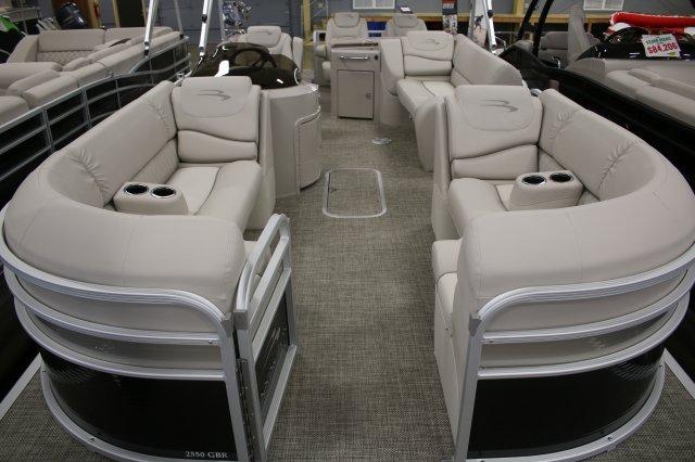 2015 Bennington 2550 GBR