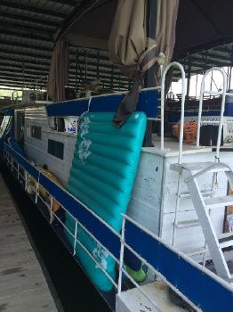 1972 Stardust 14 X 54 House Boat