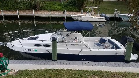 2002 GREW BOATS 235 Profisher