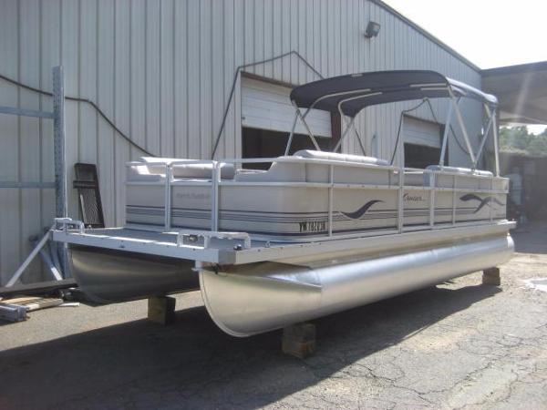 2004 Harris Flotebote 220 Cruiser