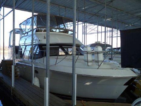 1999 Carver Sport Yacht 406 MY