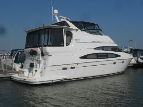 2001 Carver 46 Motor Yacht