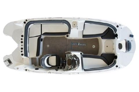 2016 Stingray 192SC Deck Boat