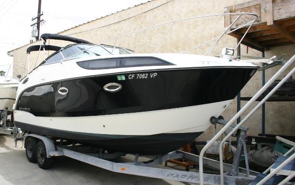 2011 Bayliner 255
