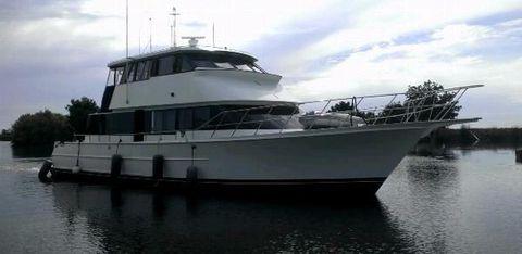 1989 LA Conner Skylounge yachtfish