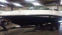 2015 Sea Ray 240 Sundeck Outboard