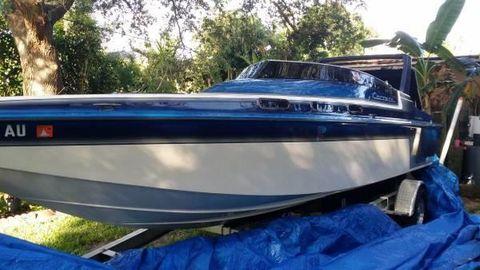 1988 Carrera Boats 235 Classic Carrera Boats 235 Classic