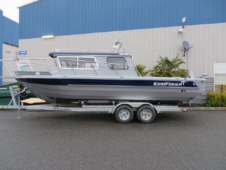 2015 Kingfisher 2525 Offshore