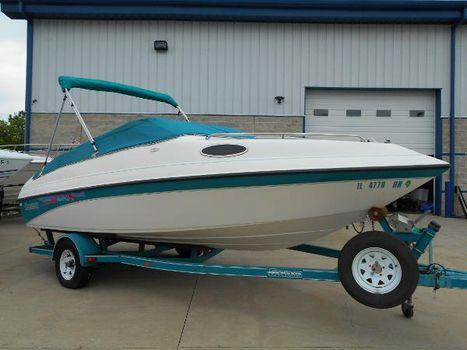 1993 Genesis Boats 20 Cuddy